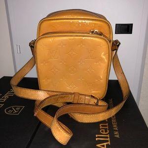 Authentic Louis Vuitton Vernis Sling Bag